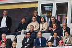 14.04.2018, Allianz Arena, Muenchen, GER, 1.FBL,  FC Bayern Muenchen vs. Borussia Moenchengladbach, im Bild  Manuel Neuer (FCB #1) auf der Tribuene<br /> <br />  Foto &copy; nordphoto / Straubmeier
