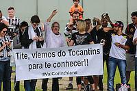 SÃO PAULO, SP, 21.11.2015 - FUTEBOL-CORINTHIANS - Torcida durante treino do Corinthians no CT Joaquim Grava na região leste da cidade de São Paulo neste sábado, 21. (Foto: Vanessa Carvalho/Brazil Photo Press)
