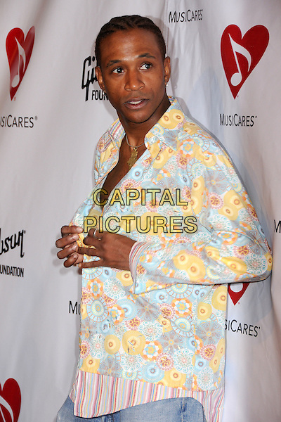 TOMMY DAVIDSON .4th Annual MusiCares MAP Fund Benefit Concert at the Music Box Theatre, Hollywood, California, USA..May 9th, 2008.half length unbuttoned shirt pink blue yellow floral print .CAP/ADM/BP.©Byron Purvis/AdMedia/Capital Pictures.
