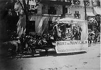 Char allegorique de l'Association dramatique paroissiale St-Louis de la section Saint-edouard<br /> lors du defile de la Saint-Jean-Baptiste, le 24 juin 1909 <br />  <br /> <br /> PHOTO :  Stroud Photographic Supply Co