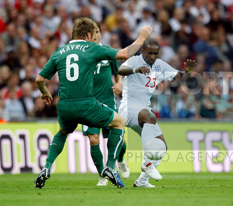 England's Jermaine Defoe in action