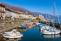 Italy, Piedmont, Cannobio: picturesque small town with historical old town, small marina   Italien, Piemont, Cannobio: malerisches Staedtchen mit historischem Altstadtkern, kleiner Bootshafen