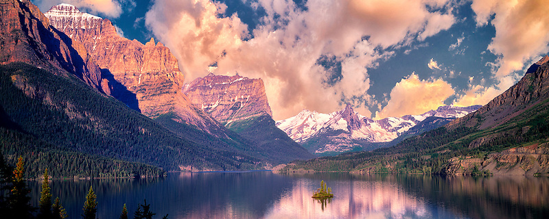 Wild Goose Island and Saint Mary's Lake with sunrise and clouds Glacier National Park, Montana.