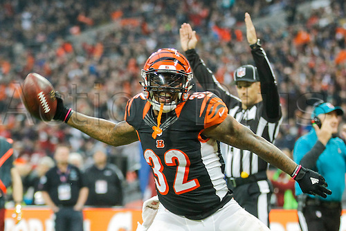 30.10.2016. Wembley Stadium, London, England. NFL International Series. Cincinnati Bengals versus Washington Redskins. Cincinnati Bengals running back Jeremy Hill (32) celebrates scoring a touchdown.