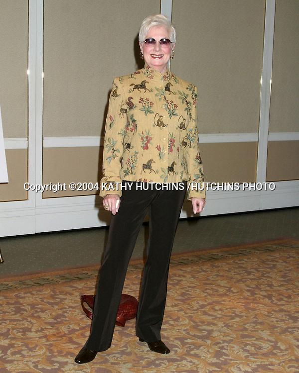 ©2004 KATHY HUTCHINS /HUTCHINS PHOTO.EUGENE O'NEILL THEATER .HONORS KARL MALDEN.BEVERLY HILLS, CA.NOVEMBER 11, 2004..SHIRLEY JONES