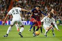 Real Madrid´s Danilo and Luka Modric and Barcelona´s Neymar Jr (C) during 2015-16 La Liga match between Real Madrid and Barcelona at Santiago Bernabeu stadium in Madrid, Spain. November 21, 2015. (ALTERPHOTOS/Victor Blanco) /NortePhoto