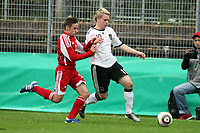 Christopher Buchtmann (D, 1. FC Koeln) gegen Aderito Charrua Magalhaes (AND)