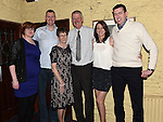 Jackie and Dolores Hanratty celebrating their 40th wedding anniversary with sons Paul and david and daughters Aine and Pamela in Donegans. Photo:Colin Bell/pressphotos.ie