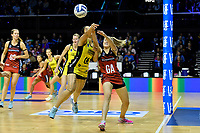 Pulse' Sulu Fitzpatrick and Tactix&rsquo; Brooke Leaver in action during the ANZ Premiership - Pulse v Tactix at TSB Arena, Wellington, New Zealand on Monday 14 May 2018.<br />