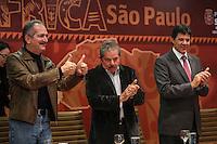 SAO PAULO, SP, 27 MAIO 2013 - LULA DIA DA AFRICA - Aldo Rebelo, ministro dos esportes, Luiz Inacio Lula da Silva ex presidente da Republica e Fernando Haddad durante evento D'África-São Paulo, que celebra o Dia da África na sede da prefeitura de Sao Paulo na regiao central da cidade nesta segunda-feira, 27. FOTO: VANESSA CARVALHO - BRAZIL PHOTO PRESS.