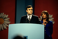 FILE PHOTO -  Lucien Bouchard et sa femme Audrey Best  avant<br /> La defaite du camp du OUI lors du referendum, le 30 Octobre 1995<br /> <br /> PHOTO : Pierre Roussel<br />  - Agence Quebec Presse