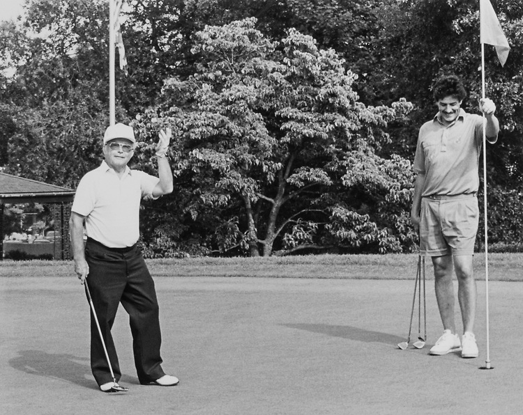 Rep. Lloyd Meeds, D-Wash., playing golf om August 14, 1990. (Photo by Andrea Mohin/CQ Roll Call)