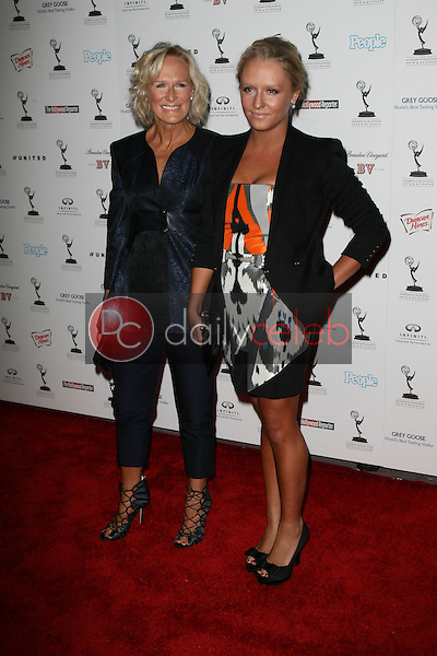 Glenn Close and daughter Annie<br />