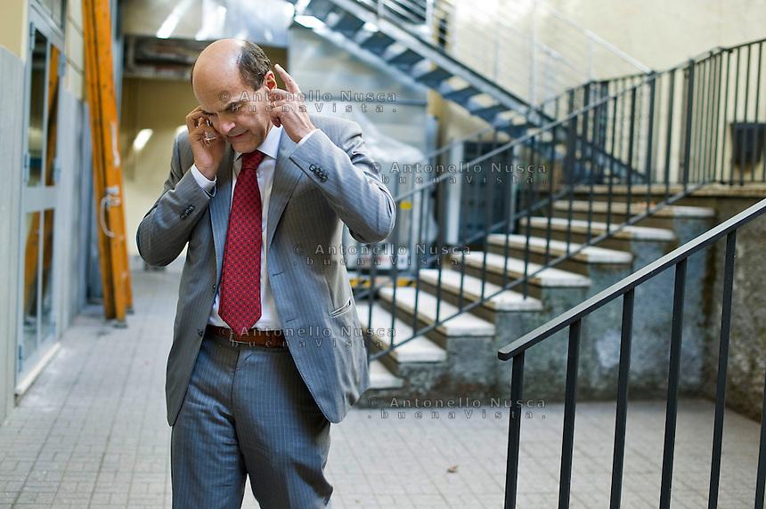 Pierluigi Bersani è il candidato del PD alle prossime elezioni dopo la vittoria su Matteo Renzi alle primarie