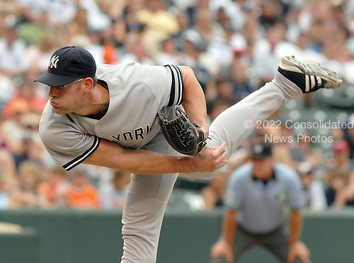 Baltimore, MD - July 29, 2007 -- New York Yankee pitcher Kyle Farnsworth (48) pitches in relief in the 8th inning against the Baltimore Orioles at Oriole Park at Camden Yards in Baltimore, MD on Sunday, July 29, 2007.  Farnsworth pitched a full inning giving up 2 runs on 2 hits.  The final score was Yankees 10 - Orioles 6..Credit: Ron Sachs / CNP.(RESTRICTION: No New York Metro or other Newspapers within a 75 mile radius of New York City)