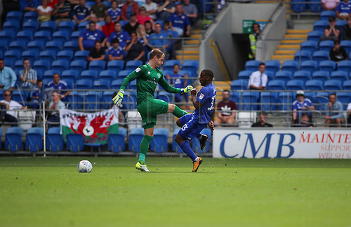 26th August 2017, Cardiff City Stadium, Cardiff, Wales; EFL Championship Football, Cardiff City versus Queens Park Rangers; Junior Hoilett of Cardiff City charges down Alex Smithies of Queens Park Rangers and the ball goes into the net making it 1-1 in 21st min