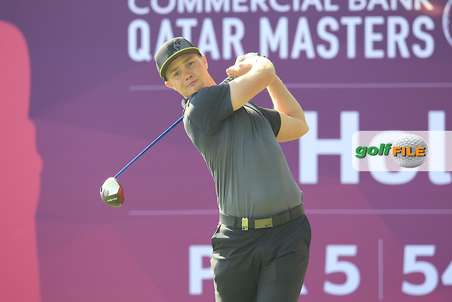 Oliver FISHER (ENG) tees off the 10th tee during Thursday's Round 2 of the 2015 Commercial Bank Qatar Masters held at Doha Golf Club, Doha, Qatar.: Picture Eoin Clarke, www.golffile.ie: 1/22/2015