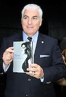 New York City, NY - June 26, 2012: Mitch Winehouse arrives at Good Morning America studios. © RW/MediaPunch Inc. *NORTEPHOTO*<br /> **SOLO*VENTA*EN*MEXICO** **CREDITO*OBLIGATORIO** *No*Venta*A*Terceros* *No*Sale*So*third* *** No Se Permite Hacer Archivo** *No*Sale*So*third*©Imagenes con derechos de autor,©todos reservados. El uso de las imagenes está sujeta de pago a nortephoto.com El uso no autorizado de esta imagen en cualquier materia está sujeta a una pena de tasa de 2 veces a la normal. Para más información: nortephoto@gmail.com* nortephoto.com.