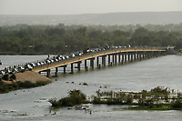 NIGER Niamey, Kennedy bridge over river Niger