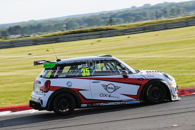 Chris Oakman - OX4 Racing Mini F56 JCW