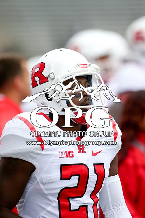 03 September 2016: Rutgers Ron Douglas against Washington.  Washington defeated Rutgers 48-13 at the University of Washington in Seattle, WA.