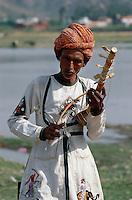 Musikant bei Jaipur (Rajasthan), Indien