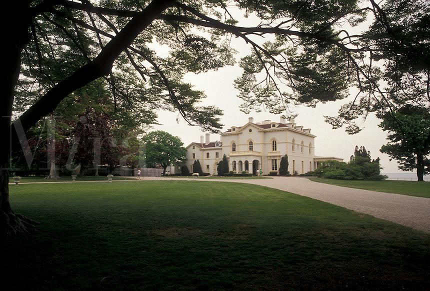 "AJ4410, mansion, Newport, Astors' Beechwood, Rhode Island, Astors' Beechwood Mansion and Victorian Living History Museum in Historic Newport in the state of Rhode Island. Astor's Beechwood is one of the oldest """"summer cottages"""" in Newport."