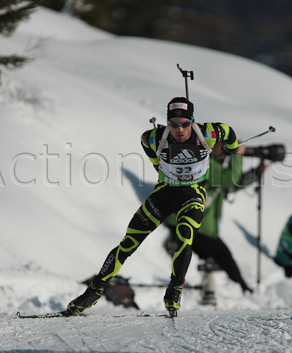 09/12/2011, Hochfilzen, Austria. FOURCADE Simon (FRA) in action during the sprint race of the Biathlon World Cup. Men's Sprint race.
