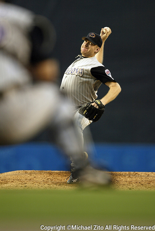 Curt Shilling In a  MLB game played at Dodger Stadium where the  Diamondbacks beat the Dodgers 3-2