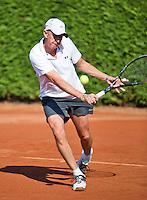 Netherlands, Amstelveen, August 23, 2015, Tennis,  National Veteran Championships, NVK, TV de Kegel,  Men's single final 60+ years: Martin Koek<br /> Photo: Tennisimages/Henk Koster