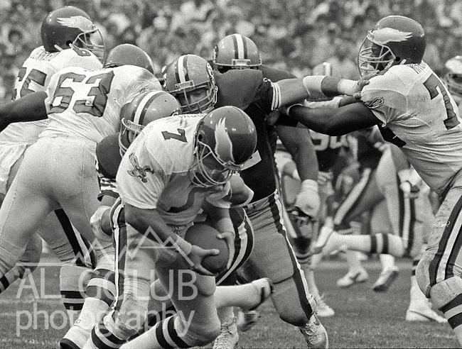 San Francisco 49ers vs. Philadelphia Eagles at Candlestick Park Sunday, November 3, 1985..49ers beat the Eagles 24-13.Philadelphia Eagles Quarterback Ron Jaworski (7) is sacked..