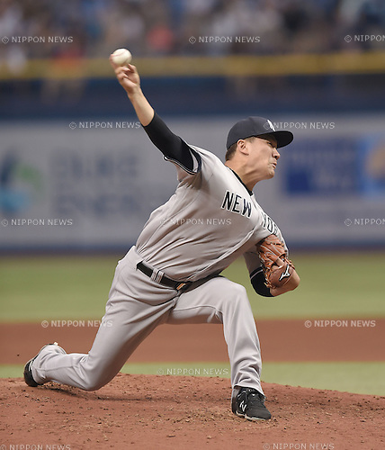 Masahiro Tanaka (Yankees),<br /> APRIL 18, 2015 - MLB :<br /> Masahiro Tanaka of the New York Yankees pitches during the Major League Baseball game against the Tampa Bay Rays at Tropicana Field in St. Petersburg, Florida, United States. (Photo by AFLO)