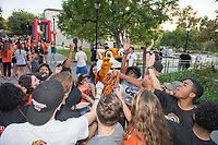 Occidental College alumni, students and their families celebrate at the Tiger Tailgate and Oswald's Carnival during Family Weekend & Homecoming, Oct. 22, 2016 in the Academic Quad.<br /> (Photo by Marc Campos, Occidental College Photographer)