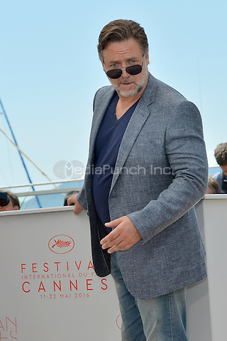 Russell Crowe at the Photocall &acute;The Nice Guys` - 69th Cannes Film Festival on May 15, 2016 in Cannes, France.<br /> CAP/LAF<br /> &copy;Lafitte/Capital Pictures /MediaPunch ***NORTH AND SOUTH AMERICA ONLY***