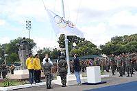 RIO DE JANEIRO, RJ, 15 AGOSTO 2012 - VISITA DA BANDEIRA OLIIMPICA A PRACA DOS CANHOES EM REALENGO- Carlos Arthus Nuzman, Presidente do Comite Olimpico Brasileiro e os irmaos Falcao, medalhistas olimpicos na cerimonia de hasteamento da Bandeira na Praca dos Canhoes em Realengo zona oeste Rio de Janeiro.(FOTO:MARCELO FONSECA / BRAZIL PHOTO PRESS).