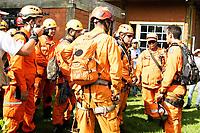 BRUMADINHO, MG, 25.01.2019:ROMPIMENTO DA BARRAGEM EM BRUMADINHO. Brigadistas e bombeiros em desastre ambiental na represa da Cia Vale, em Corrego do Feijao-Brumadinho, região metropolina de Belo Horizonte, MG, na tarde desta sexta feira (25) (foto Giazi Cavalcante/Codigo19)