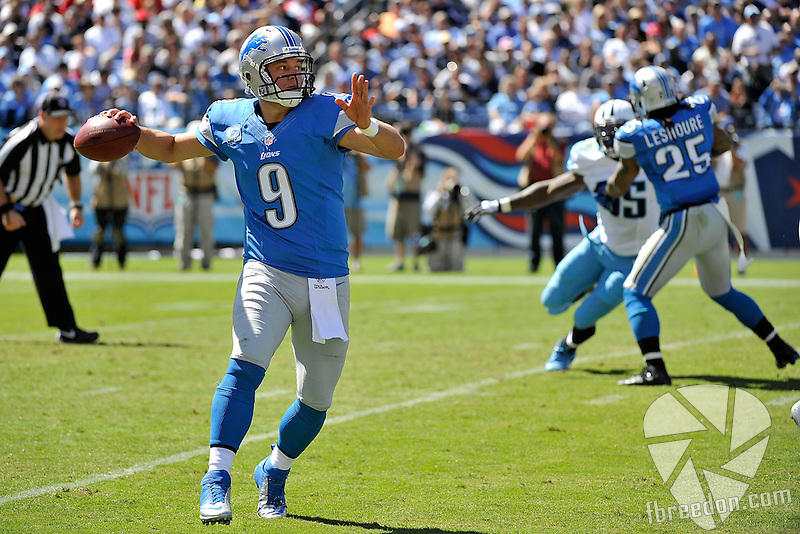NASHVILLE, TN - SEPTEMBER 23:  Quarterback Matthew Stafford #9 of the Detroit Lions plays against the Tennessee Titans at LP Field on September 23, 2012 in Nashville, Tennessee.  (Photo by Frederick Breedon/Getty Images) *** Local Caption *** Matthew Stafford