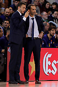 8th December 2017, Palau Blaugrana, Barcelona, Spain; Turkish Airlines Euroleague Basketball, FC Barcelona Lassa versus Fenerbahce Dogus Istanbul; Sito Alonso of FC Barcelona gives instruction to his players