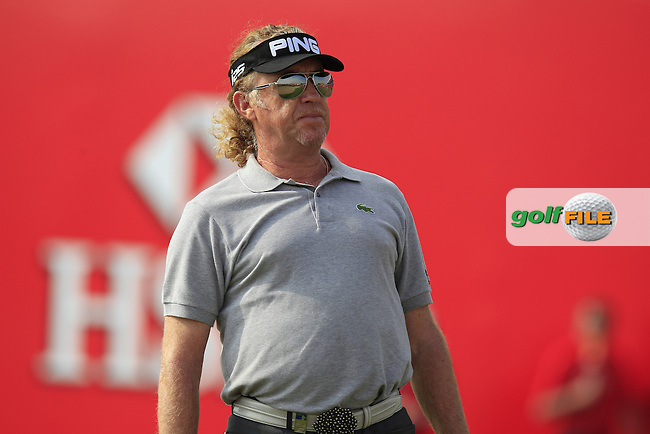 Miguel Angel Jimenez (ESP) on the 18th green during Sunday's Round 3 of the Abu Dhabi HSBC Golf Championship 2014 at the Abu Dhabi Gold Club, Abu Dhabi, United Arab Emirates.19th January 2014.<br /> Picture: Eoin Clarke www.golffile.ie