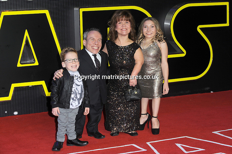 NON EXCLUSIVE PICTURE: PAUL TREADWAY / MATRIXPICTURES.CO.UK<br /> PLEASE CREDIT ALL USES<br /> <br /> WORLD RIGHTS<br /> <br /> English actor Warwick Davis, his wife Samantha Davis and their children, Annabelle and Harrison attending the European Premiere of Star Wars: The Force Awakens in Leicester Square, in London.<br /> <br /> DECEMBER 16th 2015<br /> <br /> REF: PTY 153700