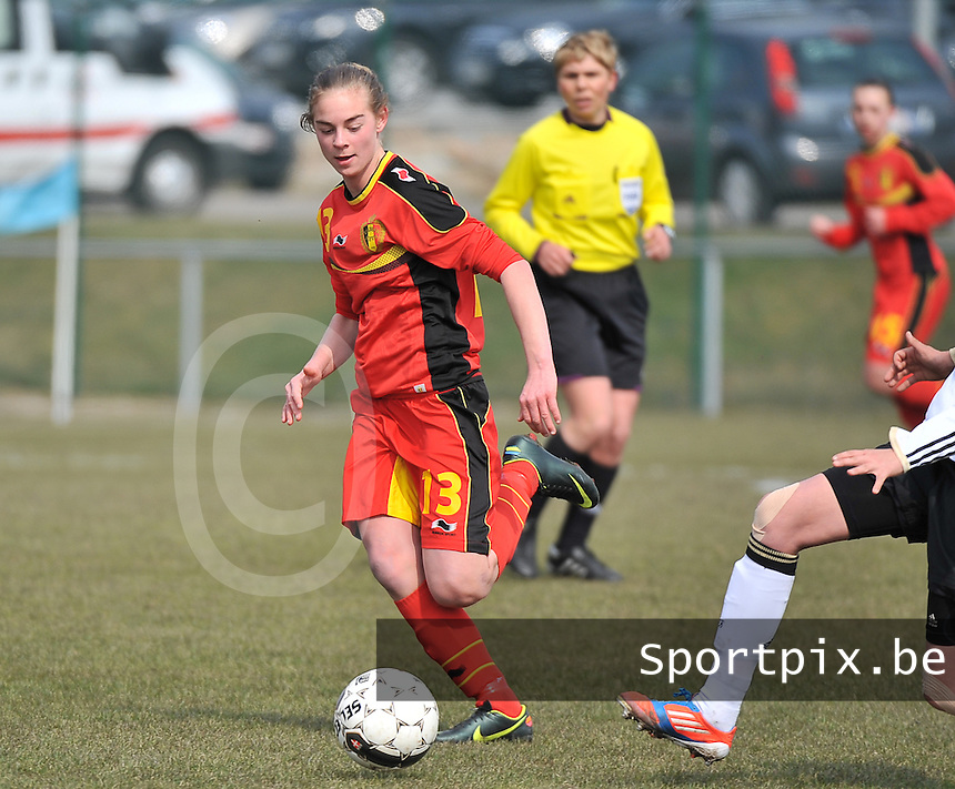Belgie U17 - Duitsland U17 : .Margaux Van Ackere.foto DAVID CATRY / Vrouwenteam.be