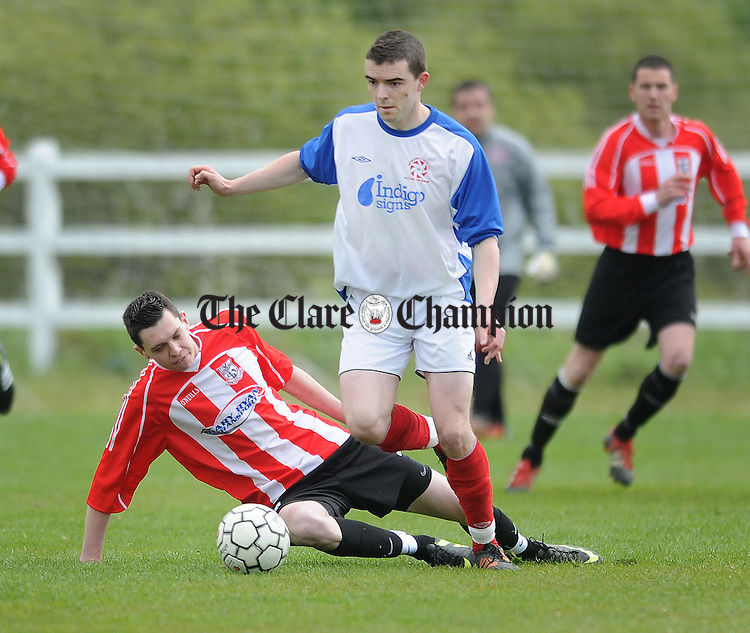 David O' Grady of Newmarket skips the challenge of Jamie Gorman. Photograph by Declan Monaghan