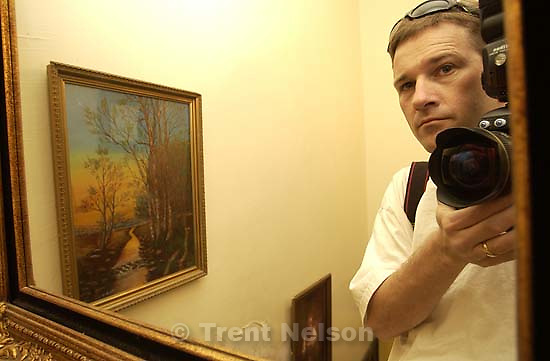 Trent in mirror. Trent Nelson; 04.03.2002, 11:52:49 AM<br />