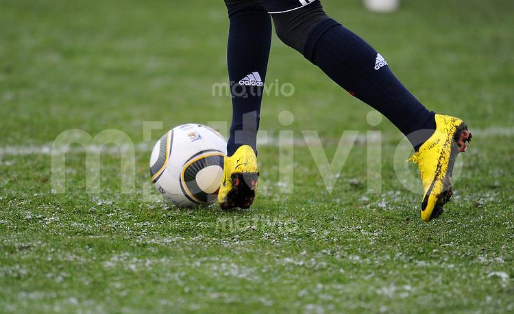 Fussball 1. Bundesliga :  Saison   2009/2010   17. Spieltag  26.01.2010 Testspiel , FC Bayern Muenchen - FC Ingolstadt ,  Franck Ribery mit gelben NIKE Schuhen (FCB)