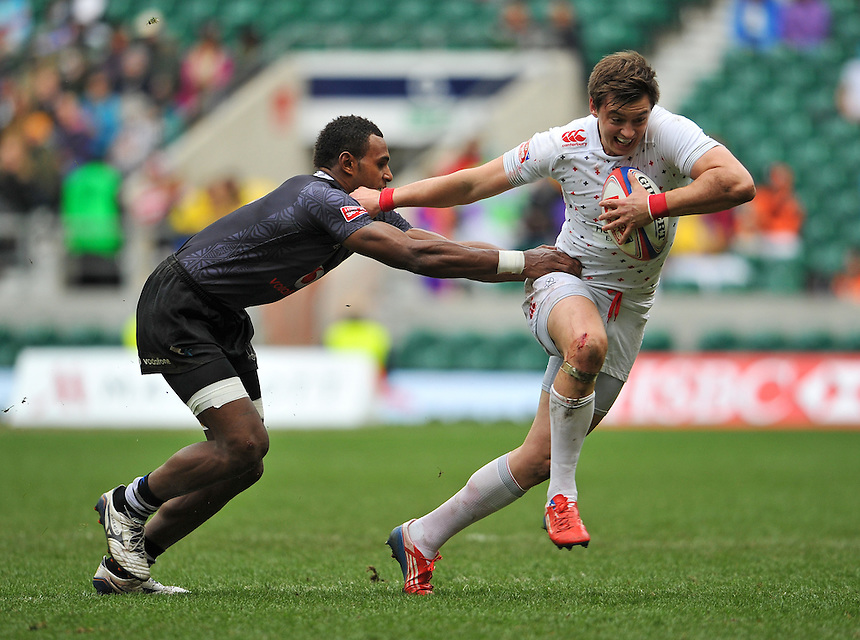 England's Alex Gray in action during today's third place 26-19 victory over Fiji&nbsp;&nbsp;<br /> <br /> Photographer Ashley Western/CameraSport<br /> <br /> Rugby Union Sevens - Marriott London Sevens - Third Place Play Off - England v Fiji - Sunday 11th May 2014 - Twickenham - London<br /> <br /> &copy; CameraSport - 43 Linden Ave. Countesthorpe. Leicester. England. LE8 5PG - Tel: +44 (0) 116 277 4147 - admin@camerasport.com - www.camerasport.com