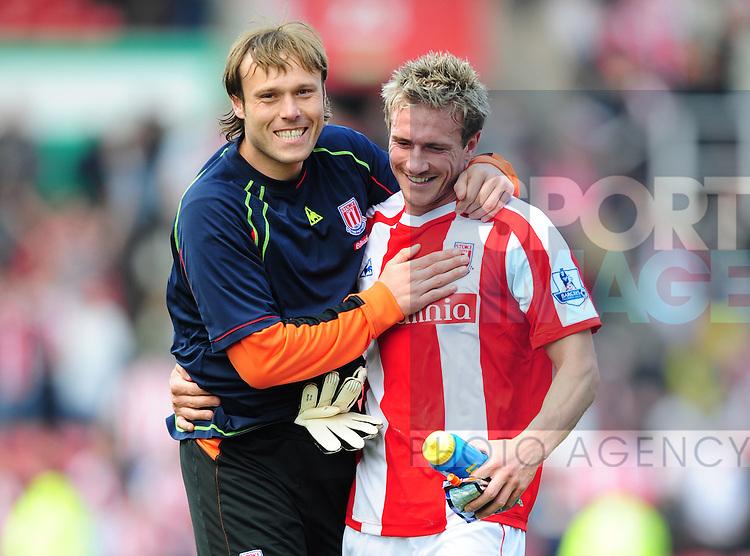 Steve Simonsen of Stoke City celebrates with winnning goalscorer Liam Lawerence of Stoke City