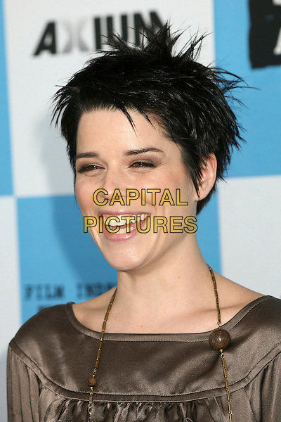 NEVE CAMPBELL.2007 Film Independent's Spirit Awards at the Santa Monica Pier, Santa Monica, California, USA,.24 February 2007..portrait headshot short spiky hair.CAP/ADM/BP.©Byron Purvis/AdMedia/Capital Pictures.