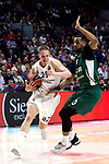 Real Madrid's Klemen Prepelic and Zalgiris' Brandon Davies during Euroligue match between Real Madrid and Zalgiris Kaunas at Wizink Center in Madrid, Spain. April 4, 2019.  (ALTERPHOTOS/Alconada)