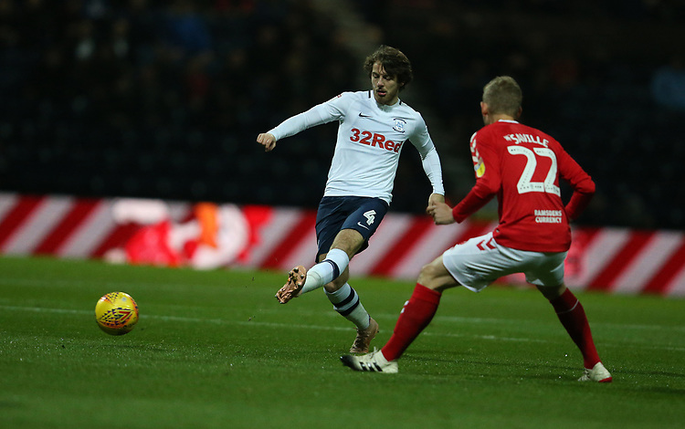 Preston North End's Ben Pearson and Middlesbrough's George Saville<br /> <br /> Photographer Stephen White/CameraSport<br /> <br /> The EFL Sky Bet Championship - Preston North End v Middlesbrough - Tuesday 27th November 2018 - Deepdale Stadium - Preston<br /> <br /> World Copyright © 2018 CameraSport. All rights reserved. 43 Linden Ave. Countesthorpe. Leicester. England. LE8 5PG - Tel: +44 (0) 116 277 4147 - admin@camerasport.com - www.camerasport.com