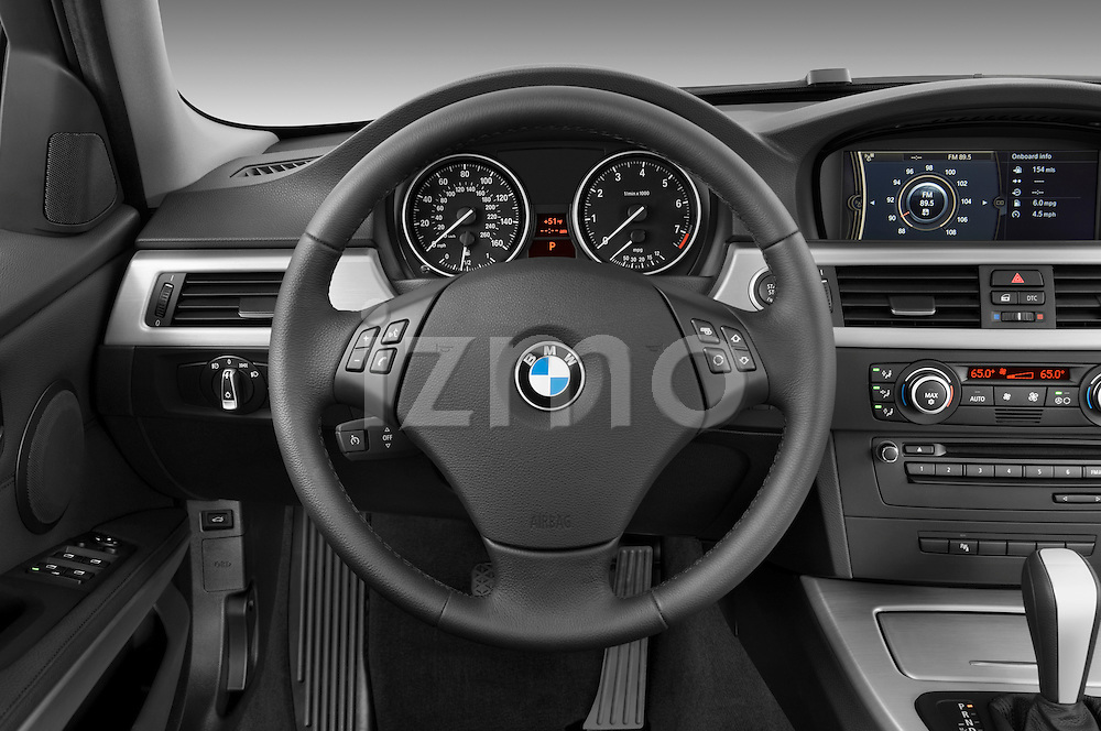 Steering wheel view of a 2009 bmw 3 series wagon 328